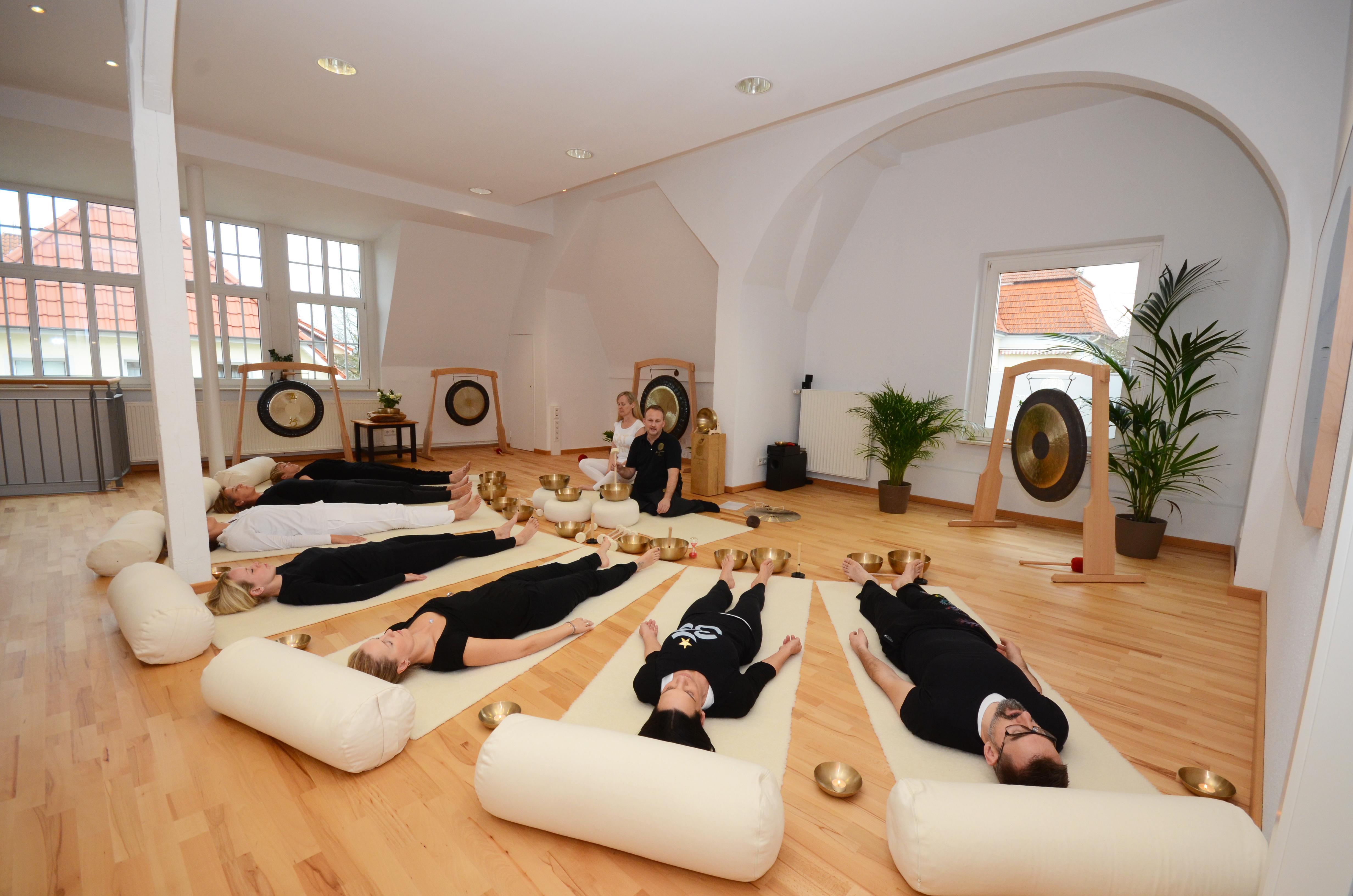 Yin Yoga & Klang - Home of Yoga